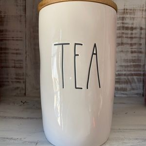 Rae Dunn Tea Canister with wooden lid New
